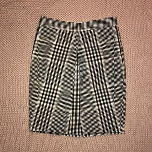 The Limited skirt plaid black white XS